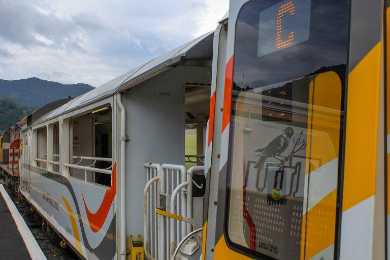 Alle KiwiRails togsett har åpne fotovogner.