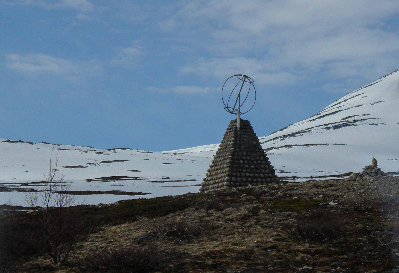 Polarsirkelen på Saltfjellet - fotografert fra Nordlandsbanen.