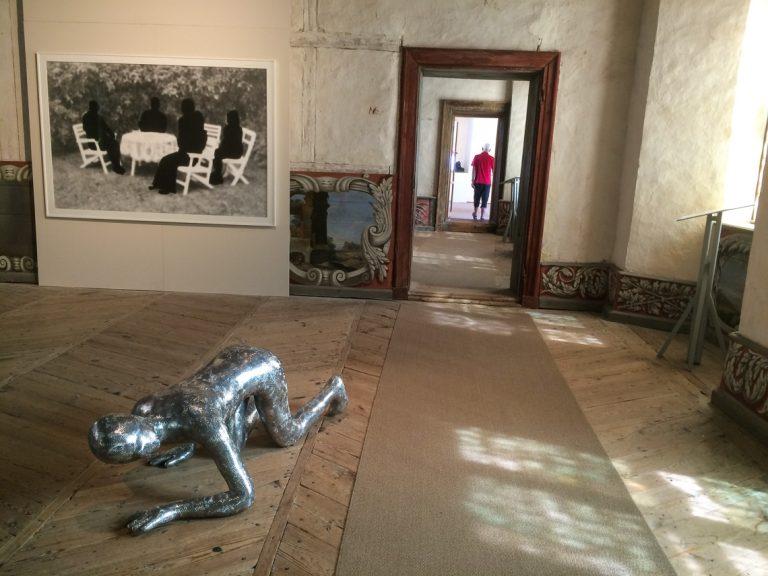 Fra sommerens utstilling av moderne kunst på Läckö Slott.