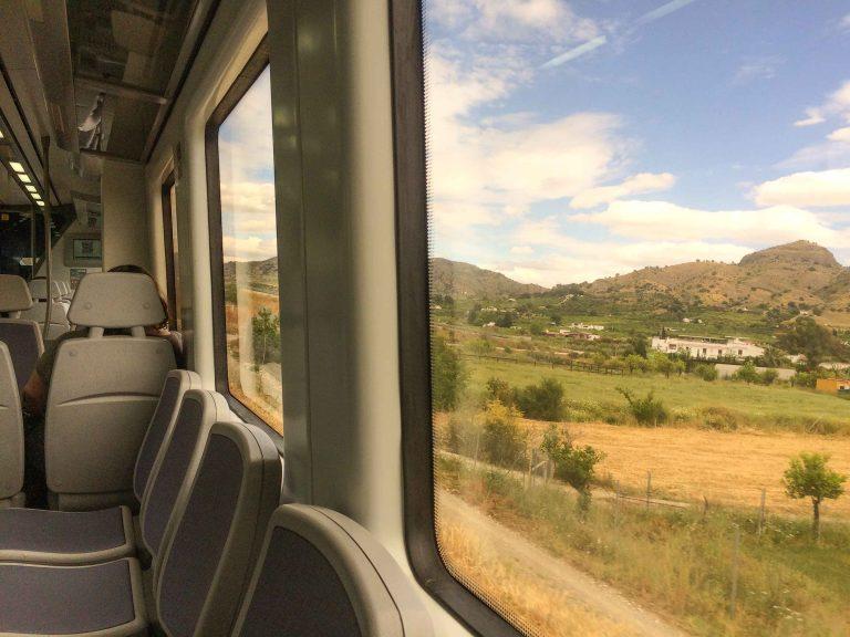 De siste dagene av Interrail-blletten brukte jeg i stedet for leiebil i Spania. Her på lokaltoget til Alora.