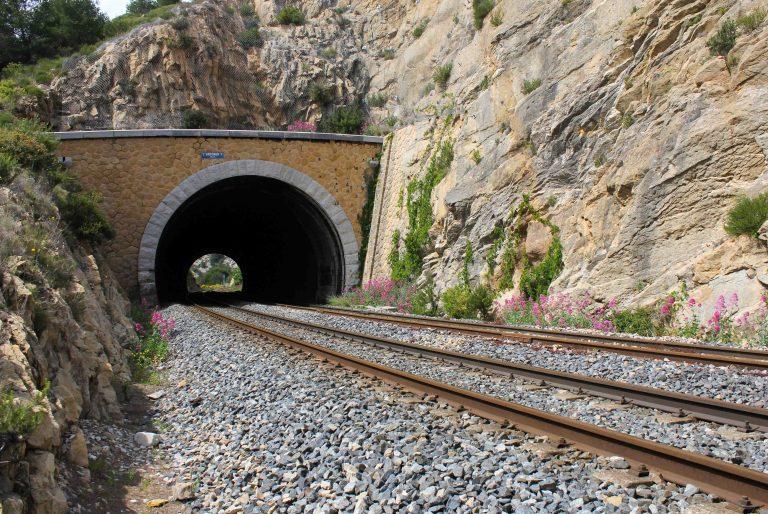 En av 23 tuneller Blue Coast Train mellom Marseille og Miramas skal gjennom.