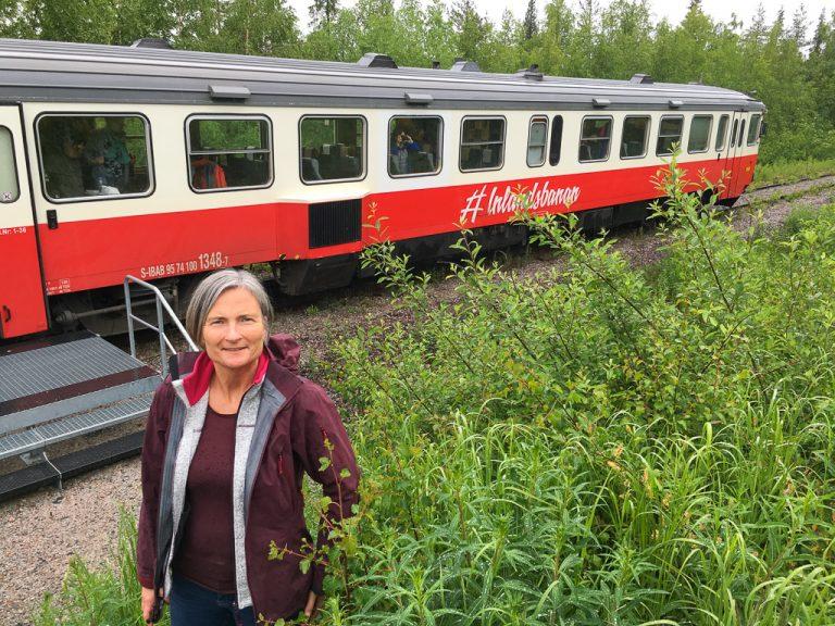 Her har Inlandsbanan stanset ved polarsirkelen på vei nordover til Gällivare.