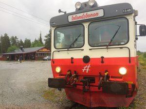 De beste togreisene: Inlandsbanan har stanset i Jokkmokk for middag.