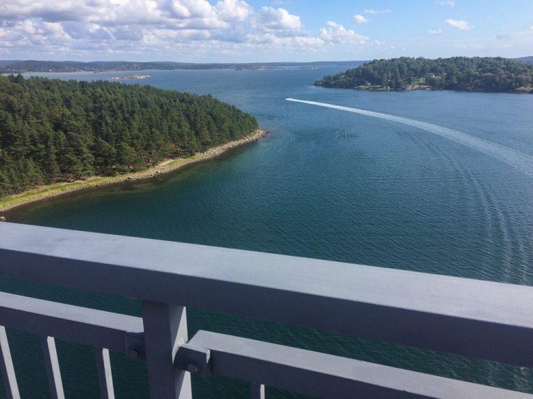Utsikt fra Tjörnbroen.