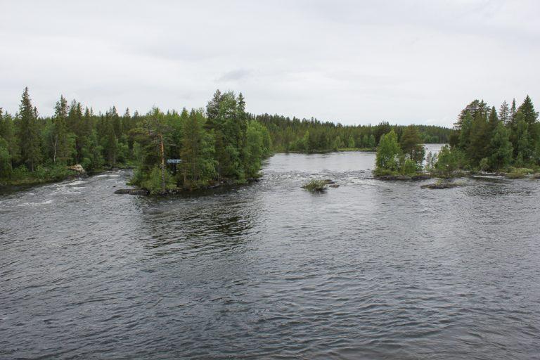 Vindelälven sett fra Inlandsbanan.