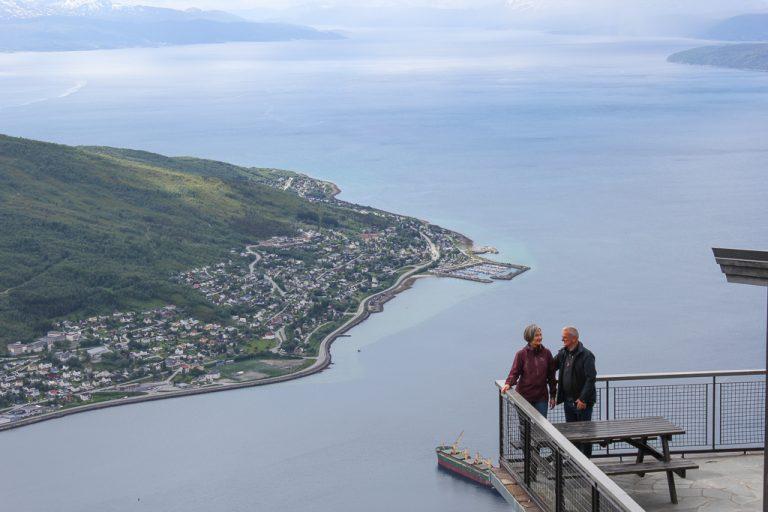 En tur med taubanen i Narvik, og vi fikk denne utsikten.