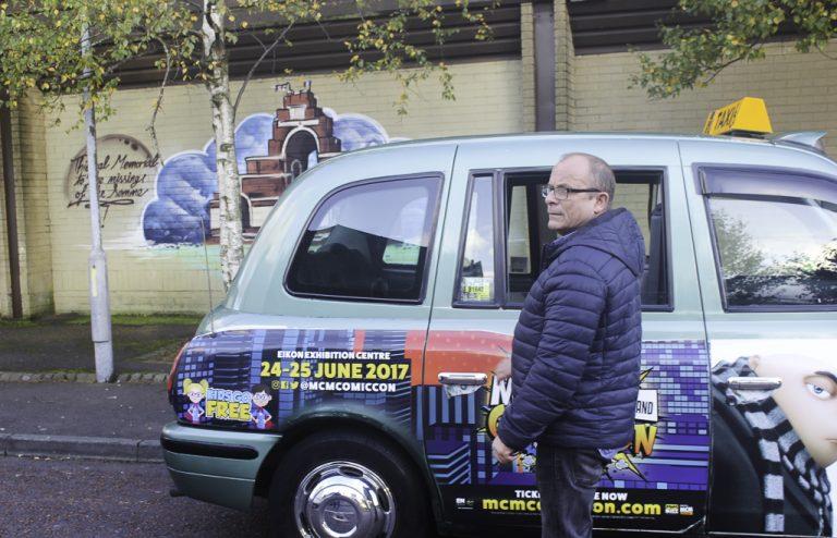 """Jim, vår guide på """"Tour of the Troubles"""" gjennom Belfast."""