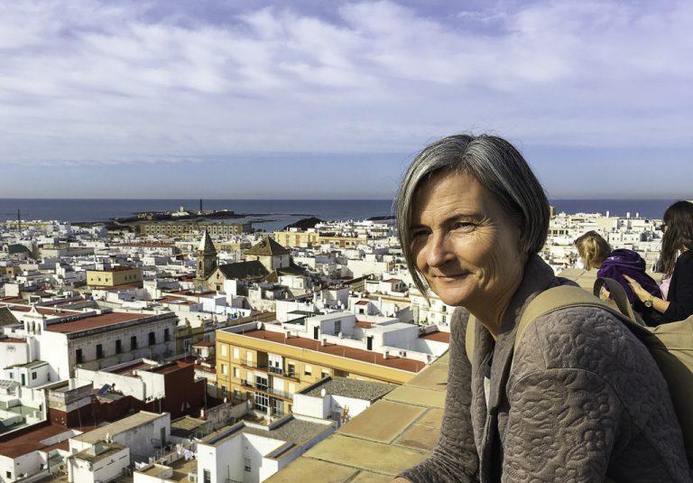 Full oversikt over Cadiz fra toppen av Torre Tavira.