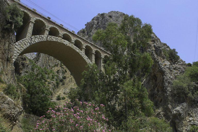 Jernbanebro ved del Chorro