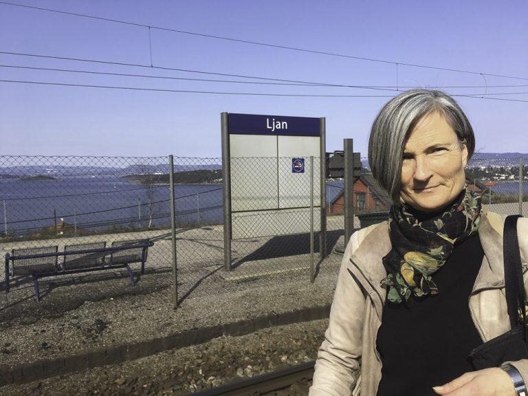 Min reise med tog til London startet egentlig allerede her, på Ljan stasjon i Oslo.