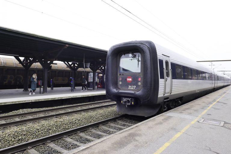 DSBs tog til Hamburg klar for avgang fra Kolding.