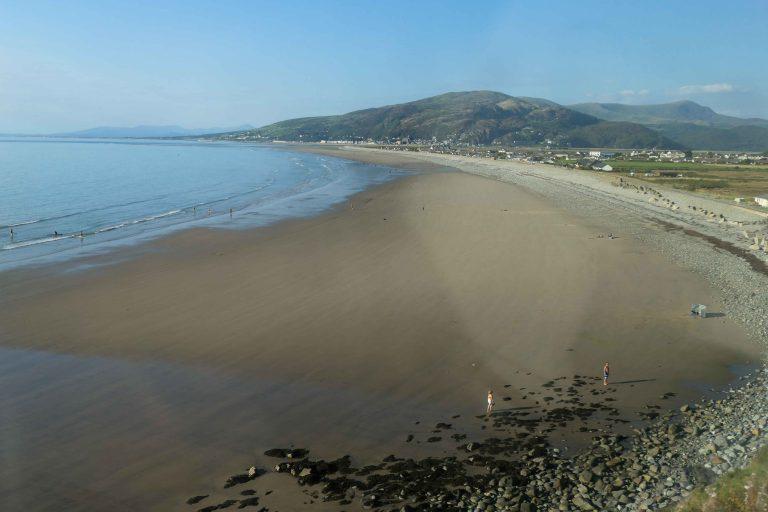 Og slik møtte Wales oss! Utsikt fra Cambrian Coast Line.