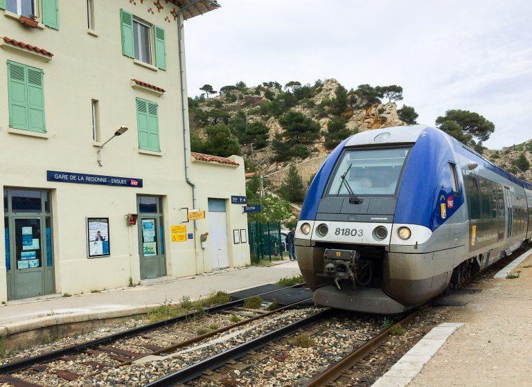 Selv i Frankrike finnes det mange fine lokale og regionale tog som interrailere kan reise fritt med.