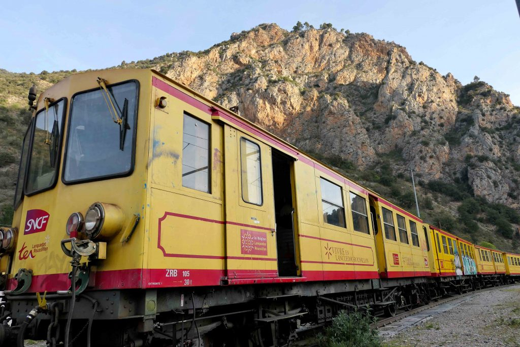 Det gule toget i Pyreneene - slik stod det på endestasjonen sin og ventet på oss.