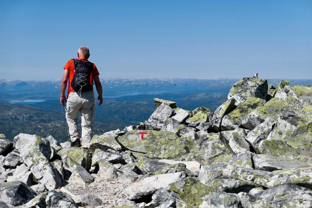 Vi har tatt Gaustabanen opp og kan fortsette utover mot høyeste topp, 1883 moh.
