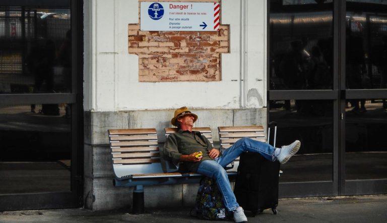 Med tog til Lisboa: Hendaye, ein søvnig stasjon heilt sør i Frankrike, på grensa mot Spania. Her bytter vi tog.