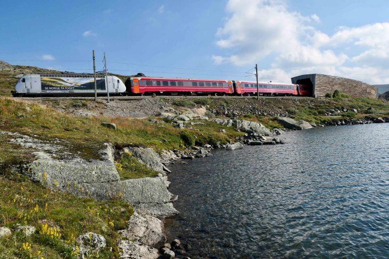En reise med Bergensbanen - så norsk! Så internasjonalt!