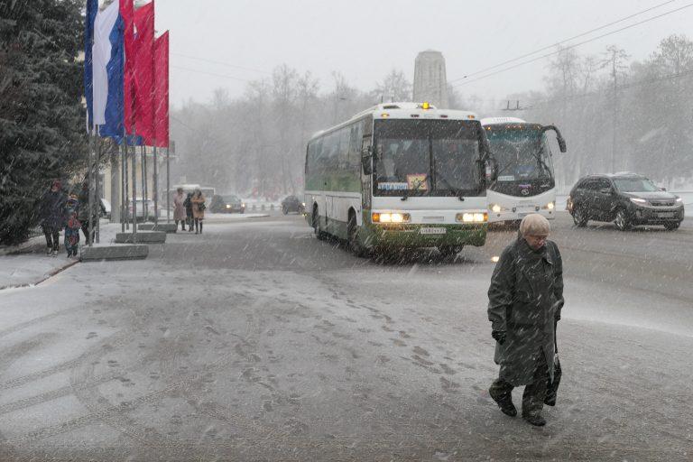 Vi var på dagstur med tog fra Moskva til Vladimir og ble overrasket av et forrykende snøvær.