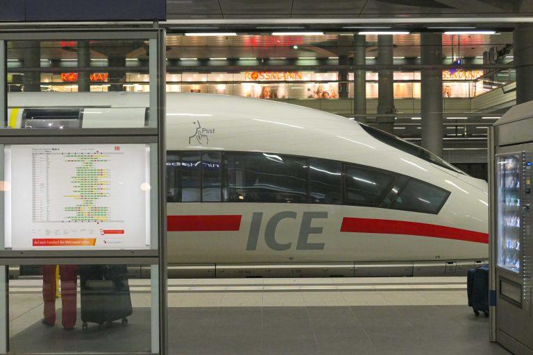 Tyske ICE-tog (InterCity Express) har også gode restaurantvogner.