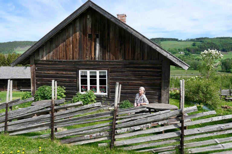 Hjemme hos Alf Prøysen i Prestvegen på Ringsaker.