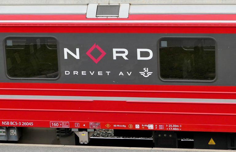 I juni overtok svenske NORD persontrafikken på Dovrebanen. Togene er fortsatt NSB-røde utenpå og Vy-grå innvendig.