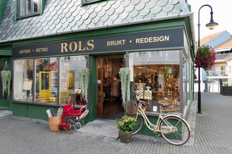 På en helgetur i Norge er det hyggelig å finne småbutikker som denne i sentrum av Egersund.